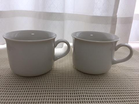 無印良品の白のマグカップ